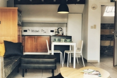 Zitkamer en keuken